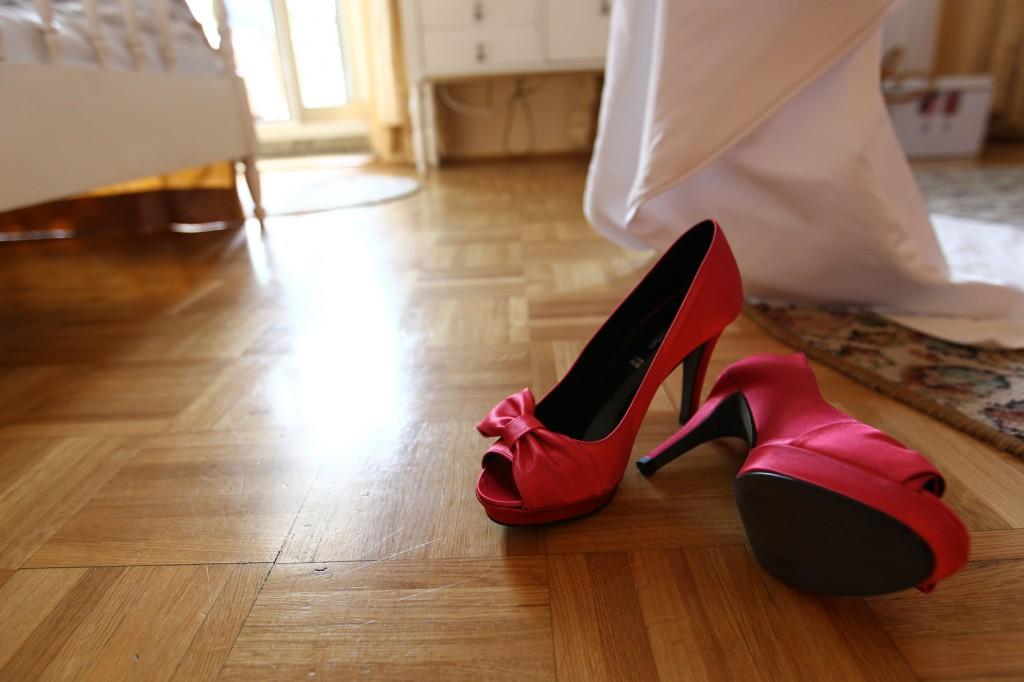 Ślubne buty czerwone